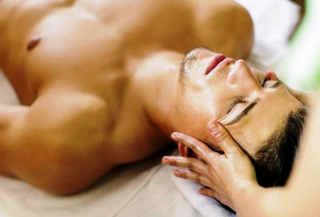 масаж чоловіка свалява