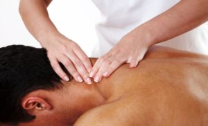 масаж остеохондроз