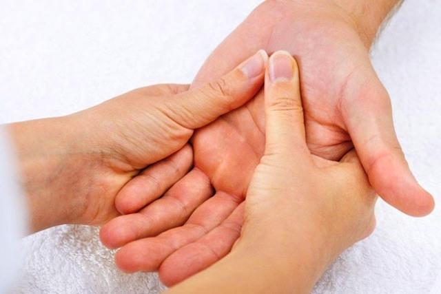 Як роблять масаж в Сваляві!