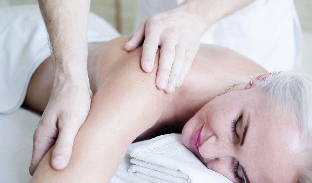 Повний масаж тіла
