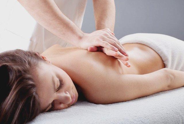 Массаж при остеохондрозе спины