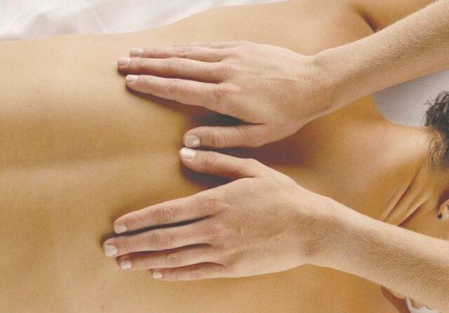 Массаж против остеохондроза
